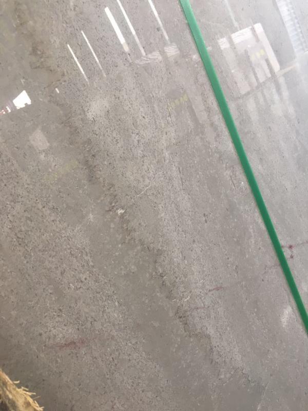 本公司主营:云多拉灰(古堡灰)、意大利皇家木纹,矿山直销,货源充足,价格美丽,适用范围广泛,欢迎来东升石材城4号通道E19区八丰石业品茶鉴石。