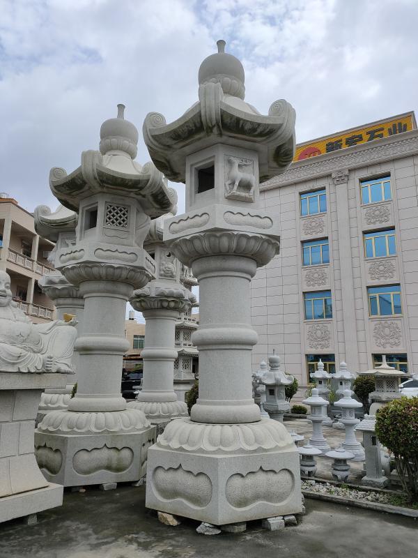 厂家供应古建广场工程大型春日灯笼雕刻设计