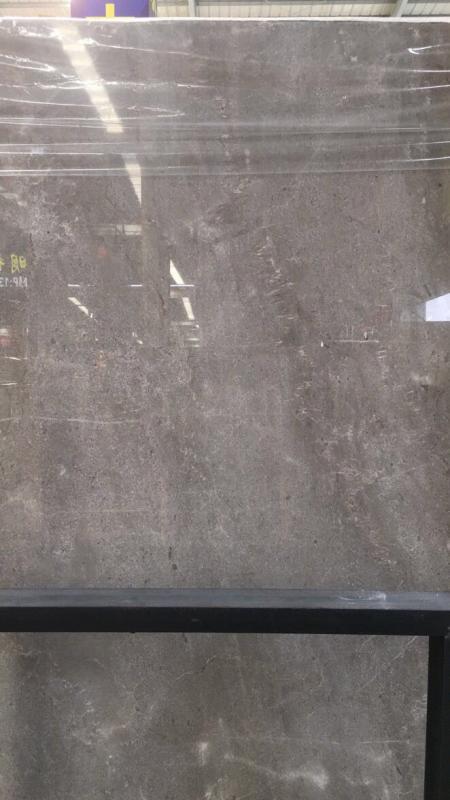 本公司主營:云多拉灰(古堡灰)、意大利皇家木紋,礦山直銷,貨源充足,價格美麗,適用范圍廣泛,歡迎來東升石材城4號通道E19區八豐石業品茶鑒石。