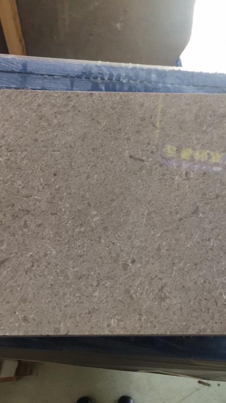 来自中国贵州的天然矿石,有点小瑕疵却依旧能完美搭配,它不是灰板中的佼佼者,也不是灰板中的唯一百搭款,但是它依旧能惊艳到你,用了以后你会发现其实它怎么搭都很顺眼,看着很舒心,无论是它的在外内在还是价...