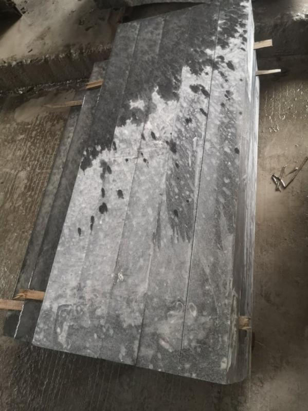 老矿  654芝麻黑  墓碑