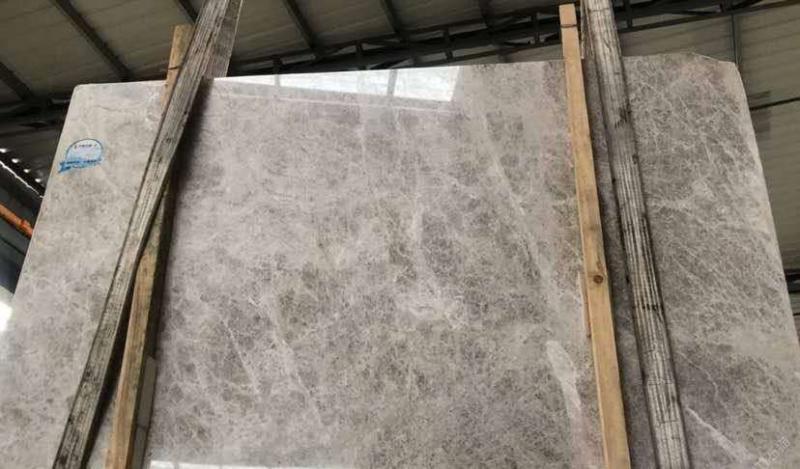 北极光1.8厚放水背胶5000方,联系18750663779