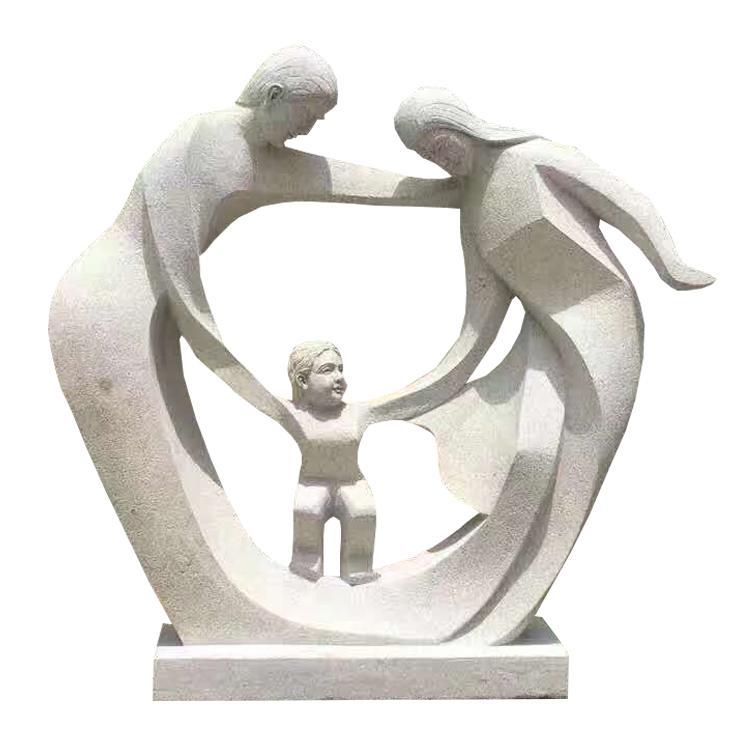 厂家供应抽象人物亲情一家三口母爱寓意雕塑校园公园装饰摆件
