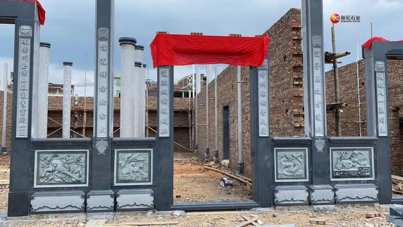 厂家供应寺庙古建祠堂门面浮雕龙柱圆柱四方柱石窗的精髓