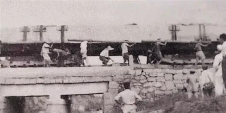 67年前,94吨的人民英雄纪念碑碑心石,是怎么从山东运到北京的,有多难?