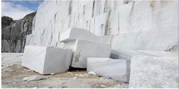 意大利石材锯机和研磨抛光机第一季度出口