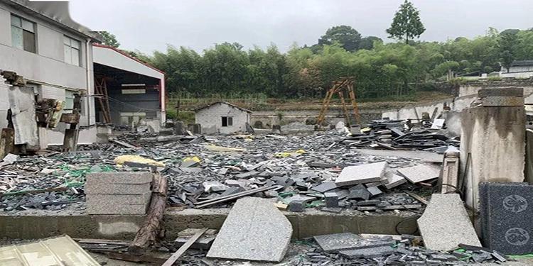 以环保的名义,石材厂手续齐全却被关停遭强拆,怎么办?