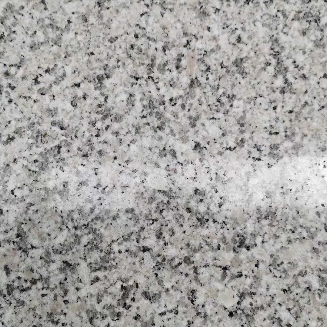 山東黃銹石、白銹石(原產地)廠.礦直銷廠家,銷售礦石方料,門牌石、路沿石、地鋪石、蘑菇石、園林石,生產外墻干掛板,荔枝板,火燒紅板,拉絲板,自然面板,蝦紅板,毛板,加工各種大小規格板材,異型,板材優質,歡迎大家來洽談、合作,合作電話:13518672625/微信同上