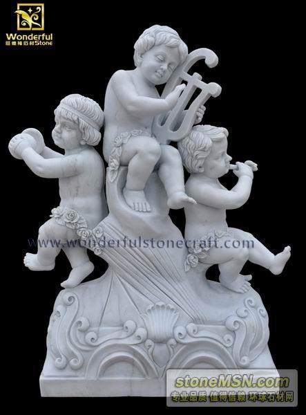 奏樂的孩童雕像