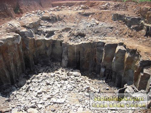 新矿口,海南黑8