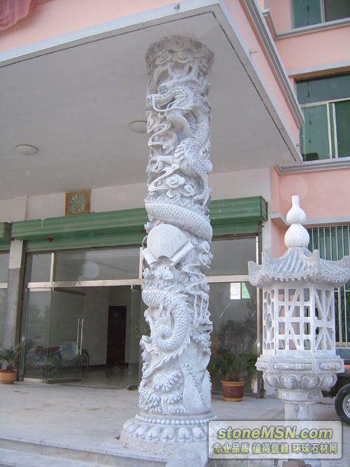供應山東紫云山是國內最早和最專業的石雕龍柱供應商