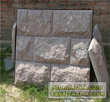 乌丹红蘑菇石